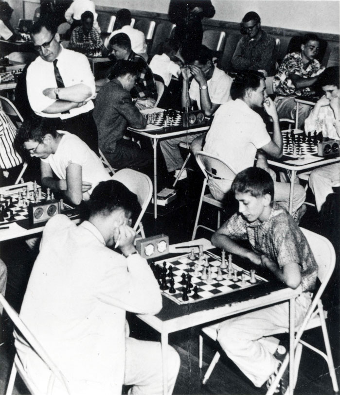 Bobby Fischer and Stephen Sholomson in a Tie