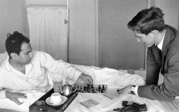 Bobby Fischer visits Mikhail Tal in Hospital